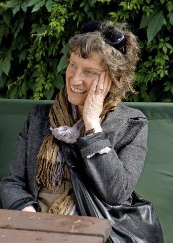 Lynda Howes