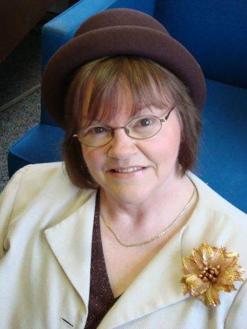 Lynda Lewis